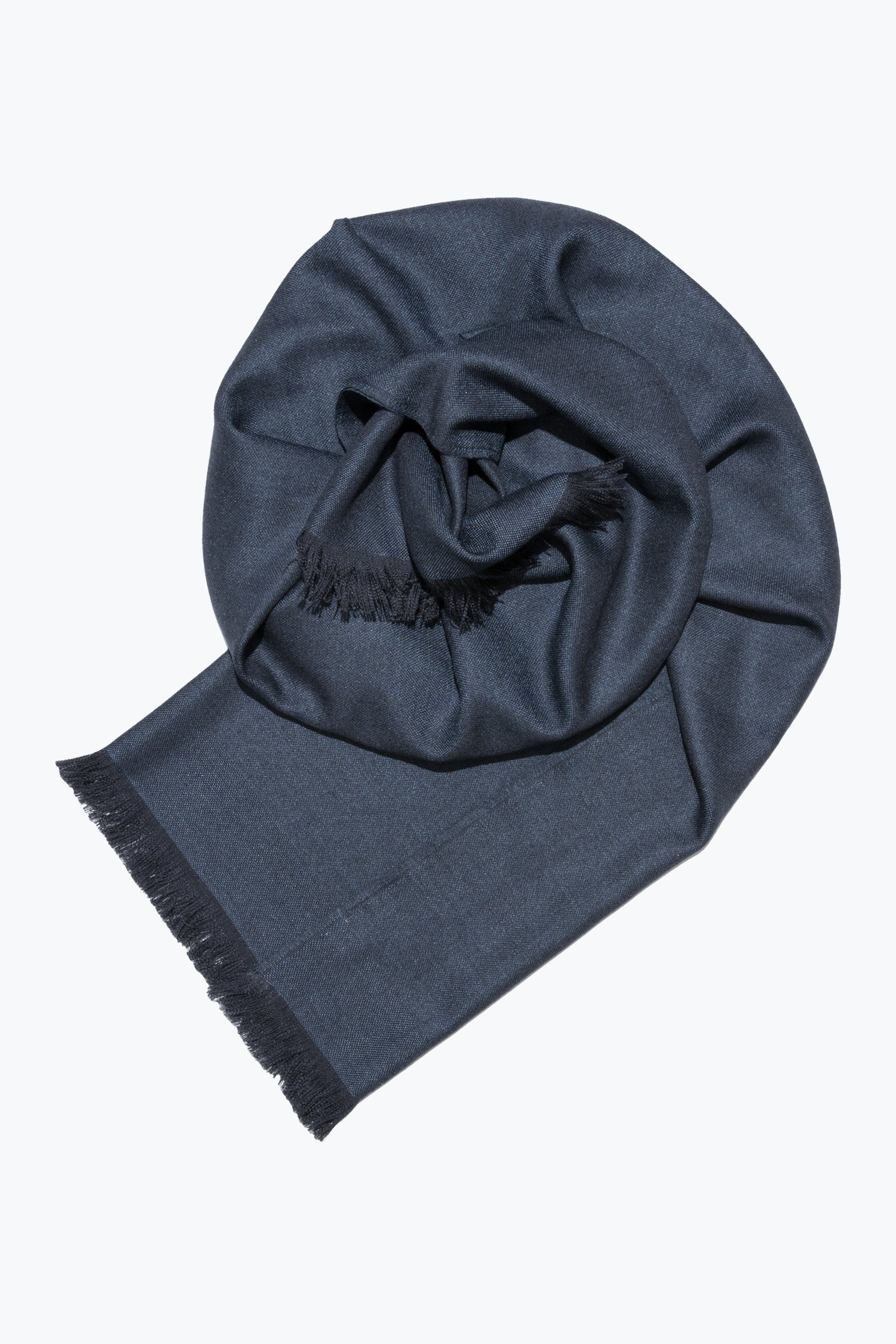 woven shawl scarf - solid with border (dark indigo)