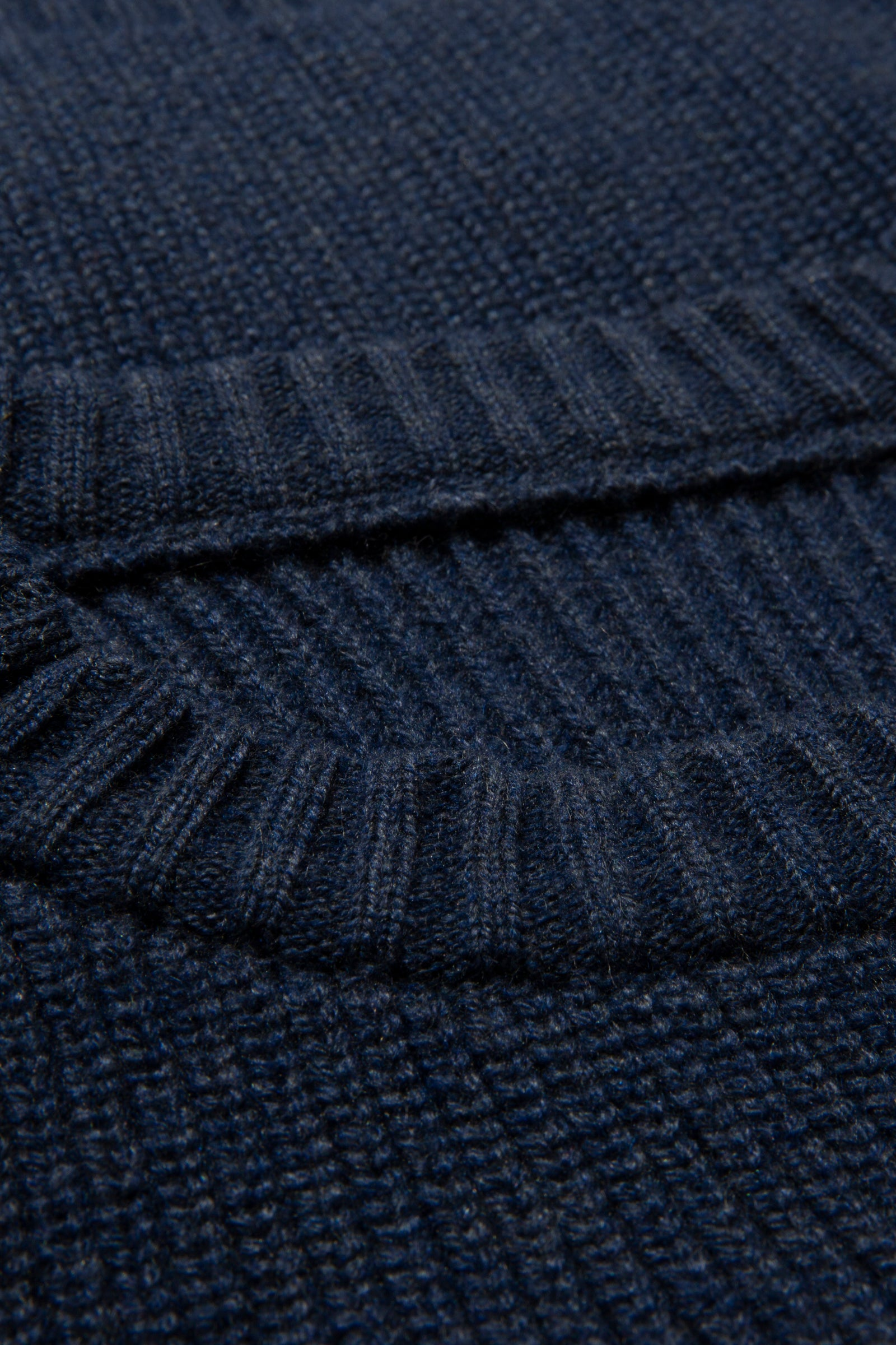 Sweaters - Crew Neck (Dark Indigo)