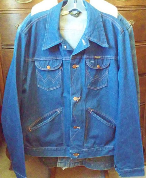 Vintage Size XL 46 Long 1970's Made In USA Wrangler Denim Jacket Great Like New Condition, Dark Indigo Huge Collars 4 Pocket Western Cool