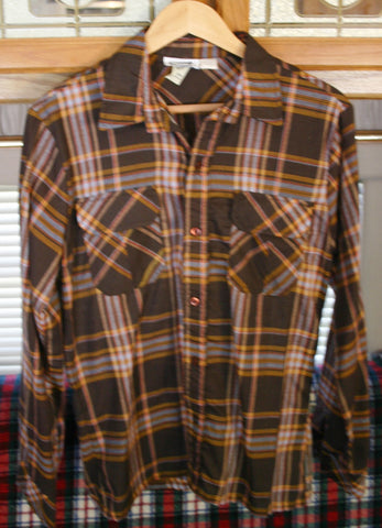 Fantastic Size Medium Long Sleeve 1960's to 70's Vintage Plaid Flap Pockets Crape Like Finish Perfect Condition Hipster Cool!