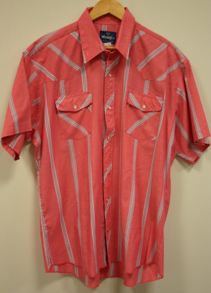 Vintage Wrangler XL Pearl Snap Western Shirt Coral Salmon Short Sleeve. Outstanding Condition, Like New!