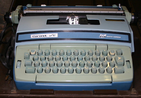 Coronet Super 12, BCM Smith Corona Electric Two Tone Ocean Blue & Aqua Marine Green Typewriter. Cool Hip Décor, Works Perfect With Carrying Case.
