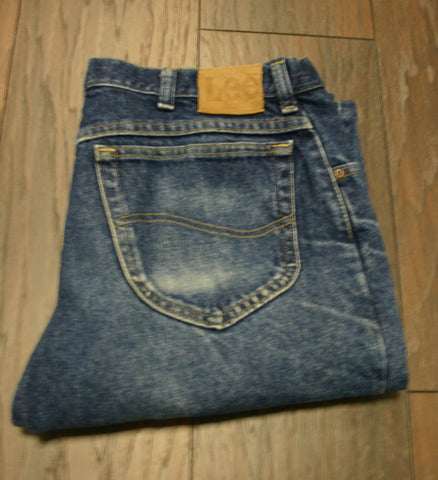 Lee Jeans Size 36/30 Indigo Wash Relaxed Fit Very Minimal Wear but Some Great Fading & Whiskering, Overall Fantastic Look!