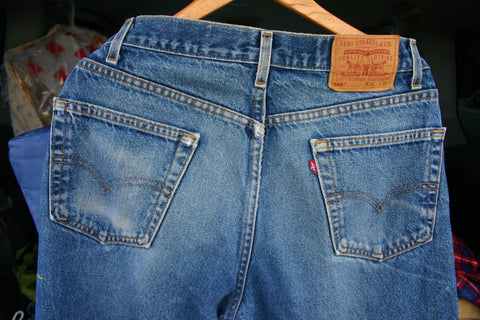 Late 1970's Levis 505s Made In USA Size 36/30 Fantastic Wear Whiskering Perfect Fade Markings, a Few Very Small Spots Graded A1 For Look.