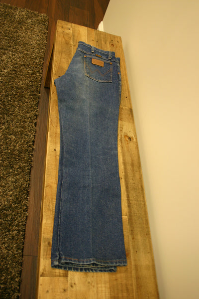 Old School Wrangler Jeans Made In USA Size 36/32 Very Slight Fade Fantastic Cowboy Cool Great Condition Ready To Go!