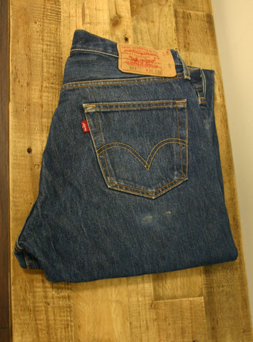 Size 36/32 Levis 501's Button Fly Original Indigo Blue Fantastic Wear Patterns Whiskering Cuff Wear Perfect Worn In Look!! Full Rear Tag!