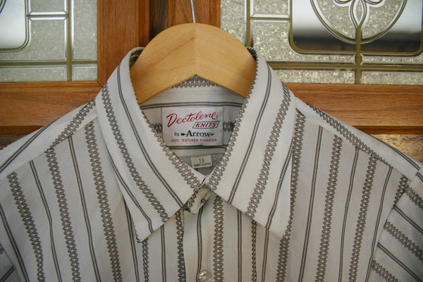 "Fantastic Late 60s to Early 70s 100% Textured Polyester Dead Stock Short Sleeve Men's Shirt 22 Inches Pit to Pit ""Dectolene"""