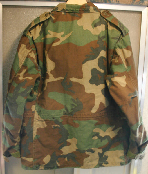 Early 80s US Army Issued Field Jacket Tag Size Medium Short, Oversized, Paratrooper Wings, Complete Great Condition!