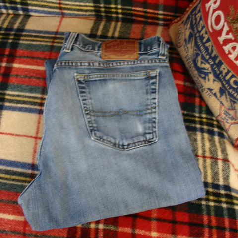 Lucky Brand Dungarees, Made In America, Size 36 About A 30 Inseam, Great Overall Condition With Very Little Wear, Soft Clean!
