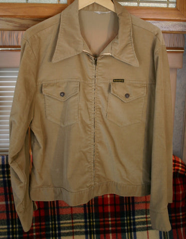 Fantastic Vintage Size Medium Montgomery Ward's Talon Zipper Front Corduroy Two Chevron Pockets, Fantastic Look! Starburst Button Heads.