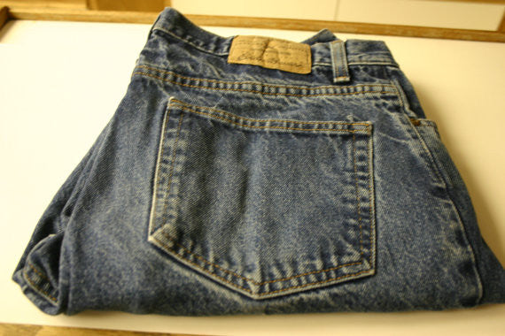 Eddie Bauer The Original Finest Size W35 L30 Classic Fit Blus Jeans Fantastic Like New Condition Ready To Go NOW!!