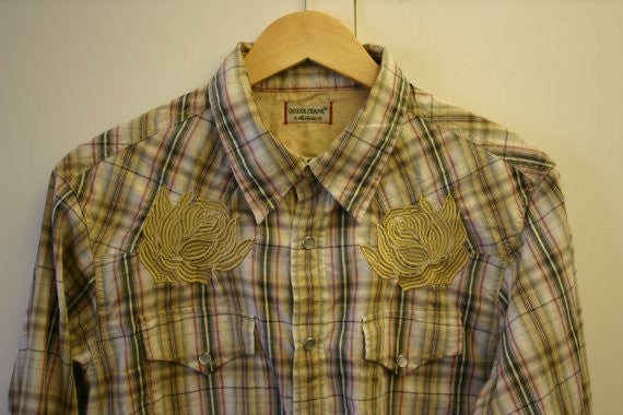 Vintage Guess Jeans Pearl Snap Western Long Sleeve Shirt Outrageous Embodied Flowers Point Pockets! Great Condition Ready To Ship Fast!