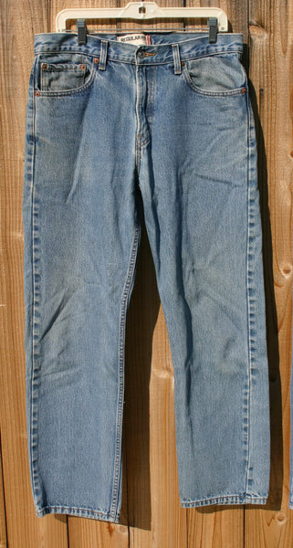 Size 34/32 Levis 505s Distressed Around The Edges With A Couple Of Holes In The Rear Great Vintage Denim Ready To Ship Fast!!