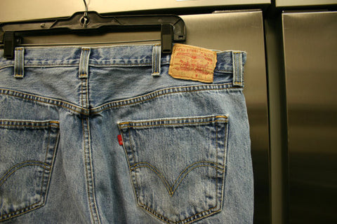 Levis 501s Button Fly Size 42/30 Nice Fade Minor Wear Around Pant Cuffs, Classic American Jeans Ready To Ship Fast!!