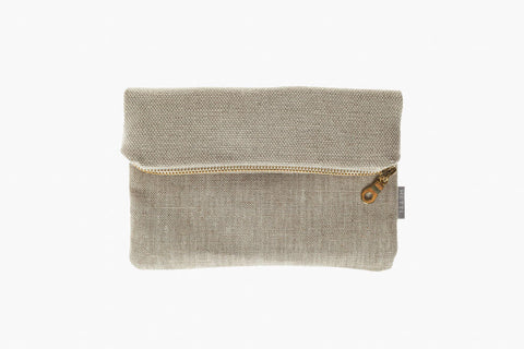 ​13x20, 20x20 or 23x25 cm rough sand colored linen beige-brown raw linen golden metal zipper Hand sewn in Berlin, Germany