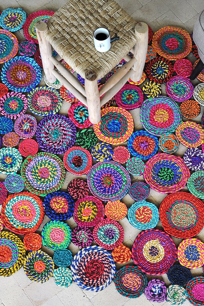 bilbao recycled rug in multi color