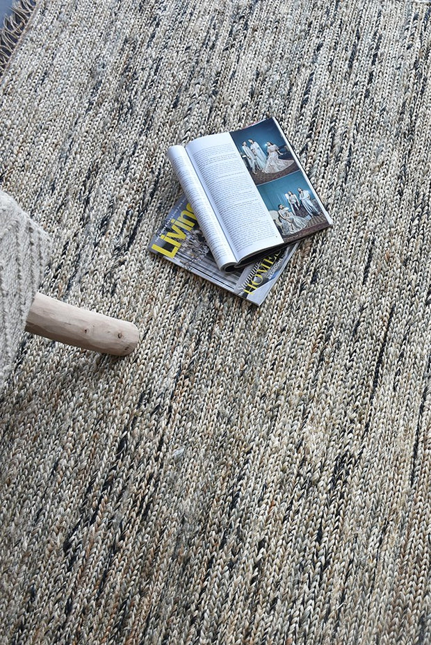brydon hemp rug in charcoal and ivory color