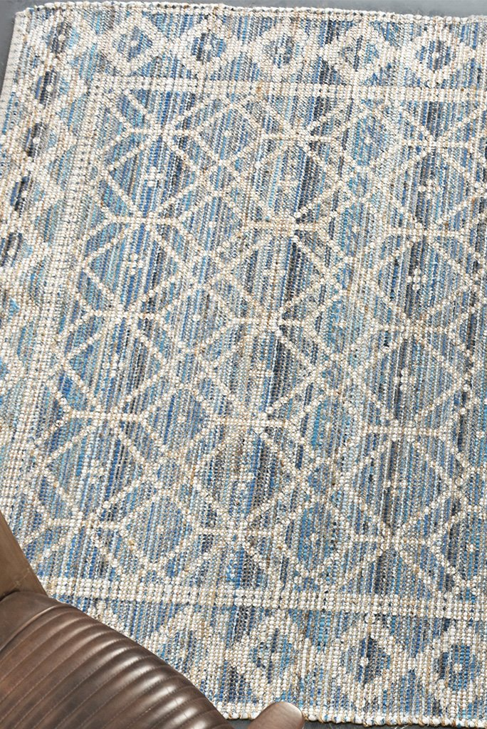 hammett hemp rug in ivory and blue color