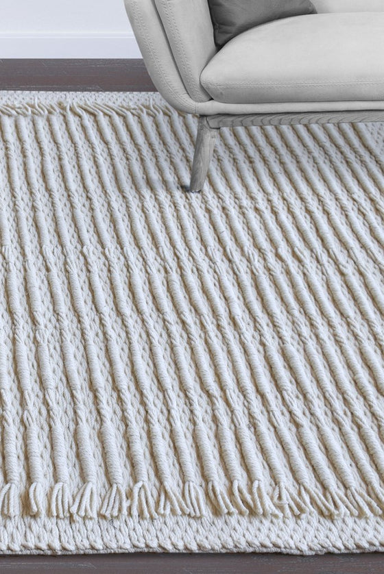 allamore wool rug in ivory color