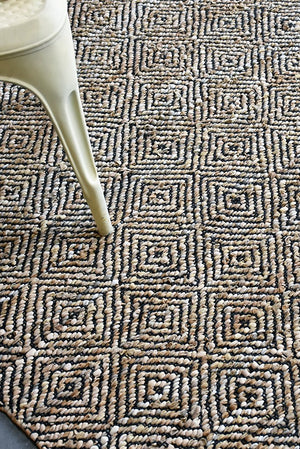 arauca leather rug in beige color