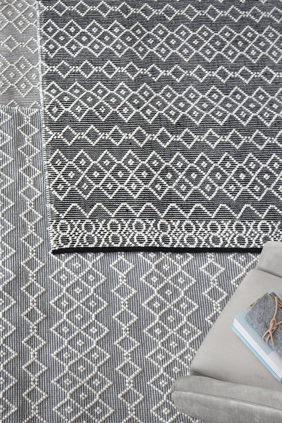 beckway wool rug in grey and ivory color