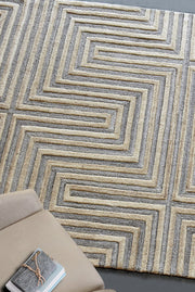 integra wool rug in beige and ivory color