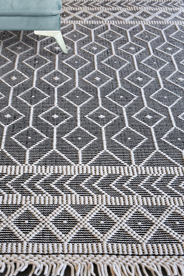 jambi wool rug in charcoal and ivory color