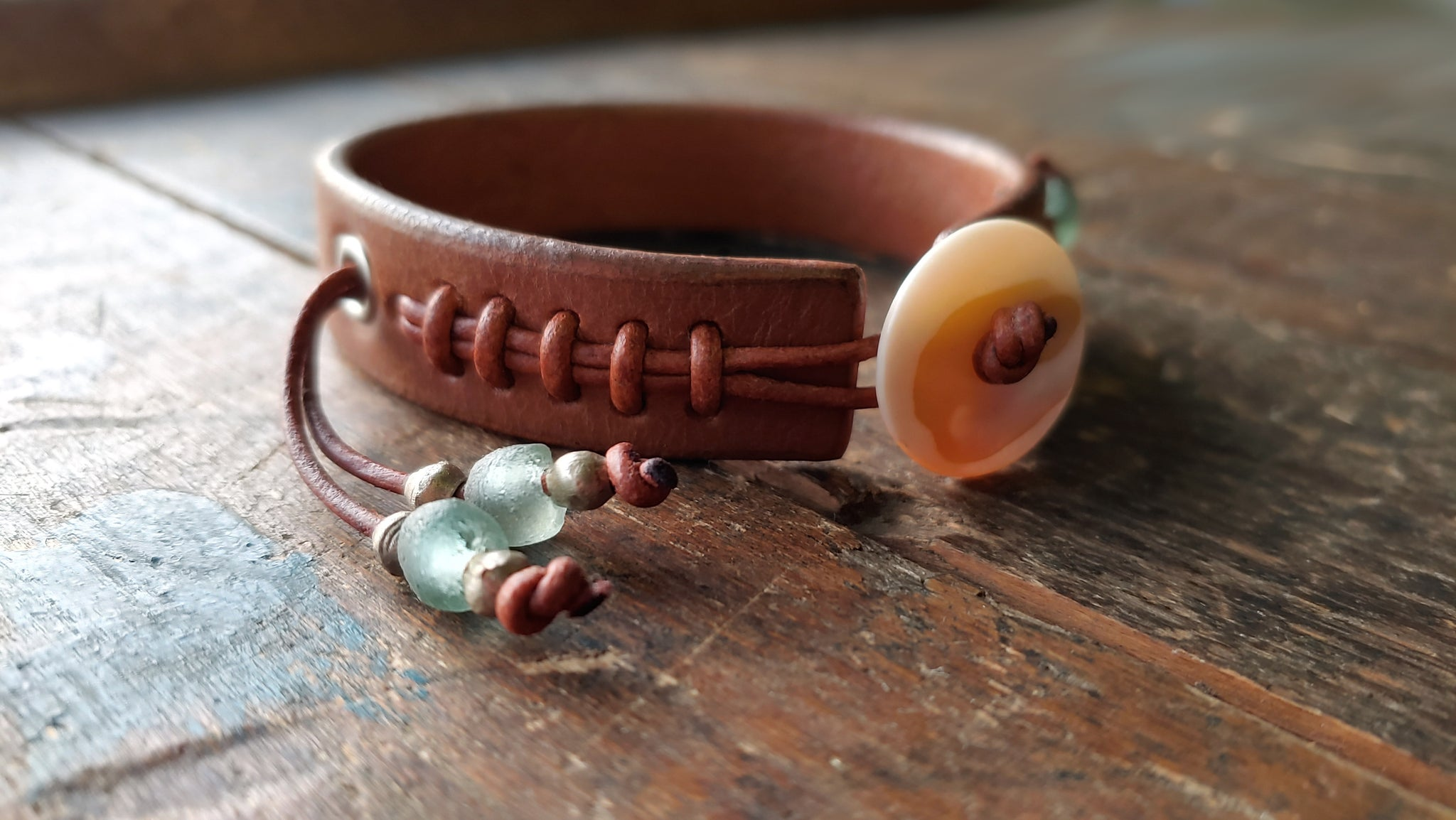 Cliff Booth (Brad Pitt) inspired bracelet in the color Tobacco with seagreen and silver African Beads