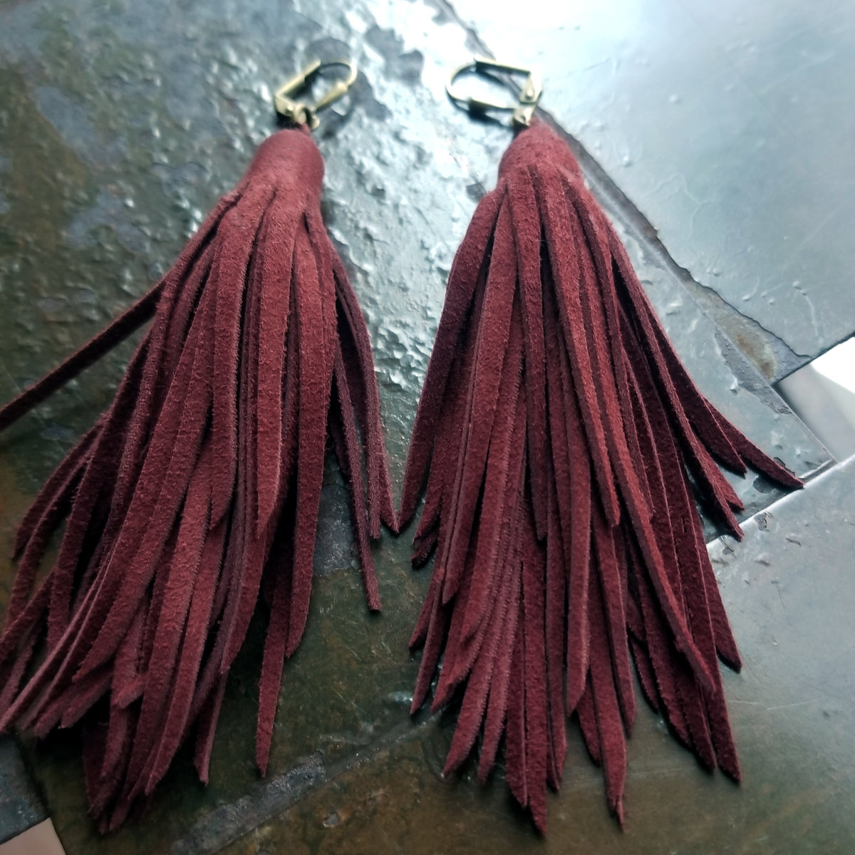 Luxe Goat Suede Kimani Tassel Leather Earrings in Burgundy