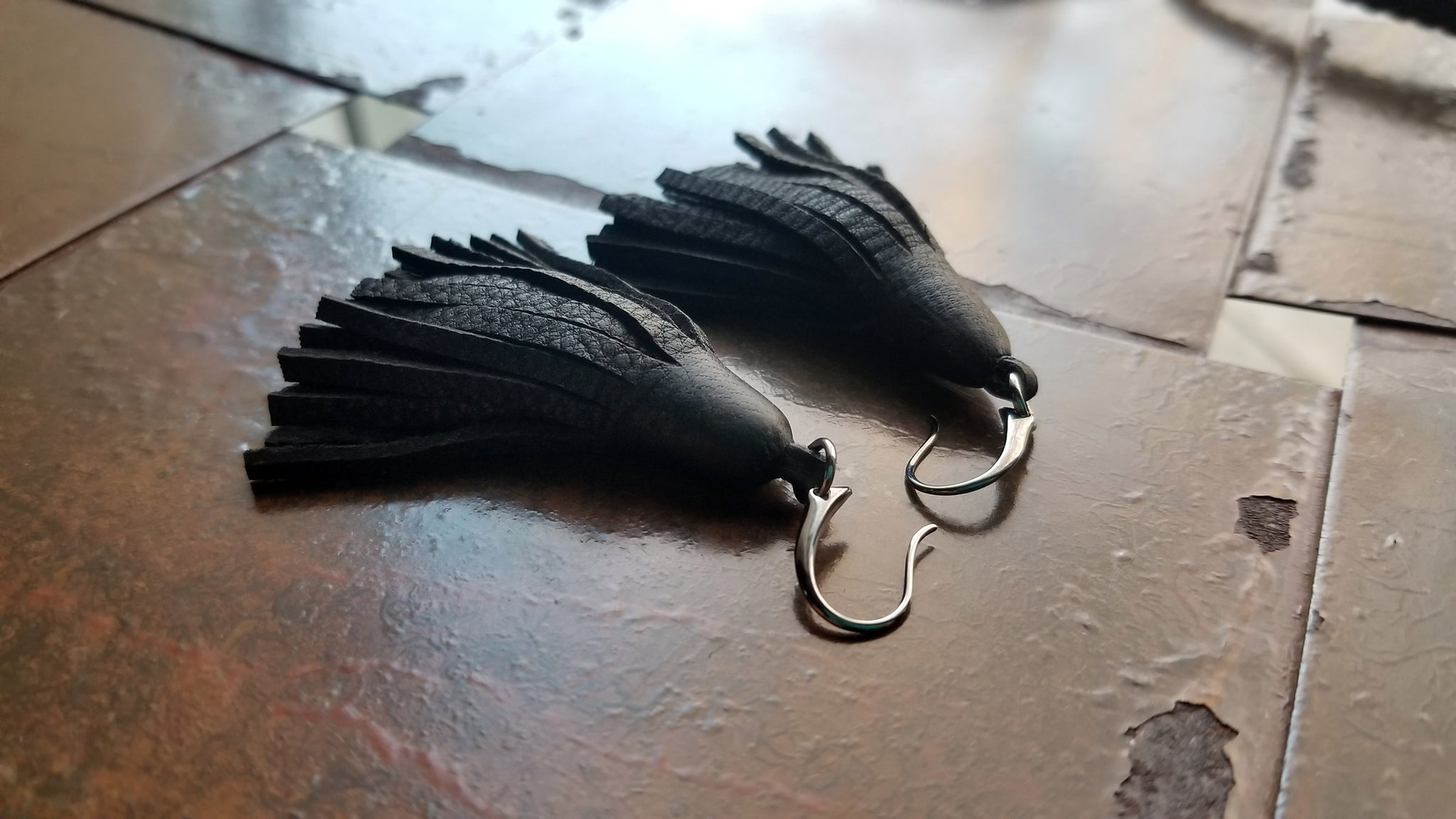 TILU Leather Tassel Earrings, Small Leather Fringe Tassel Earrings, black