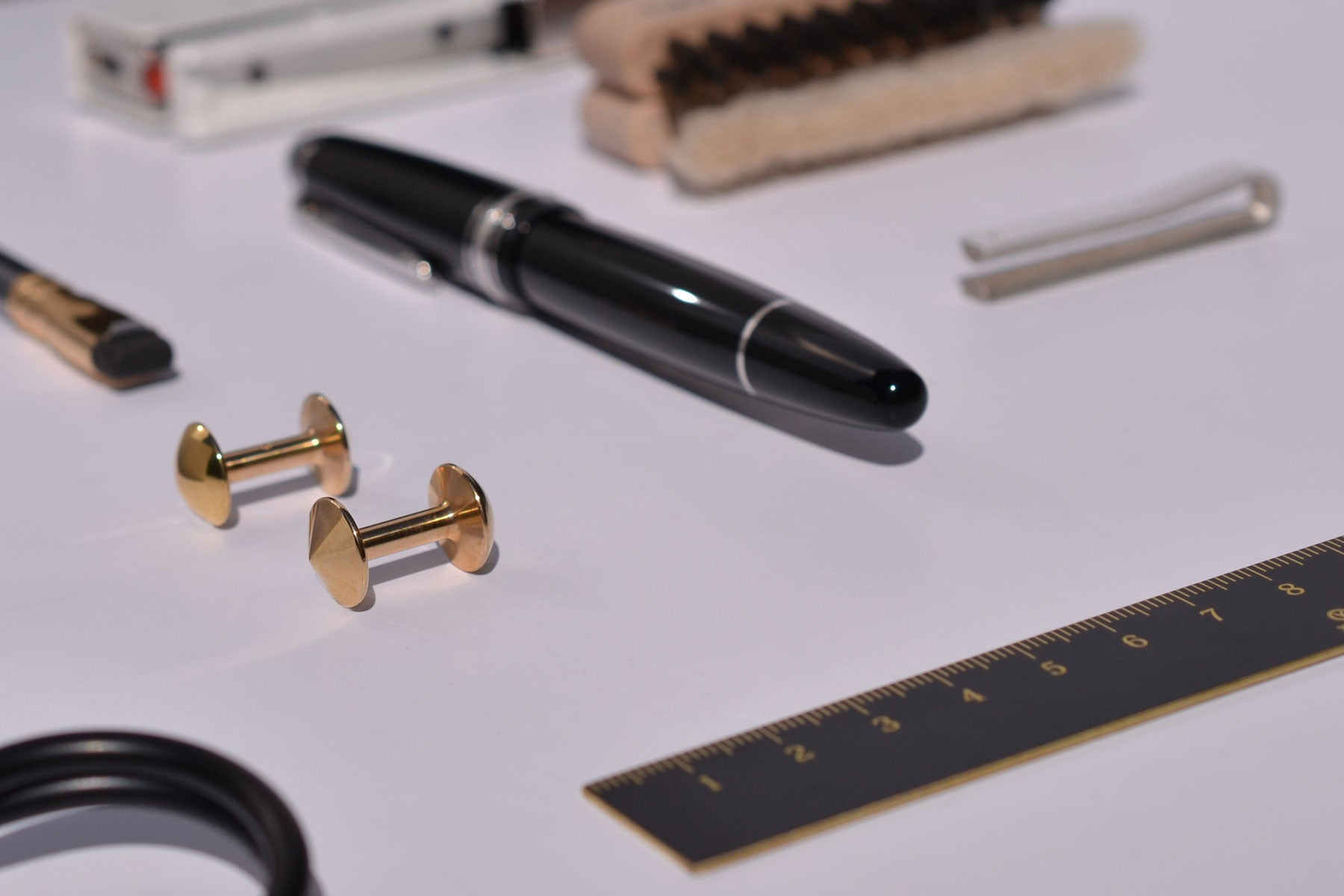 Refined and precise stationary | Alice Made This