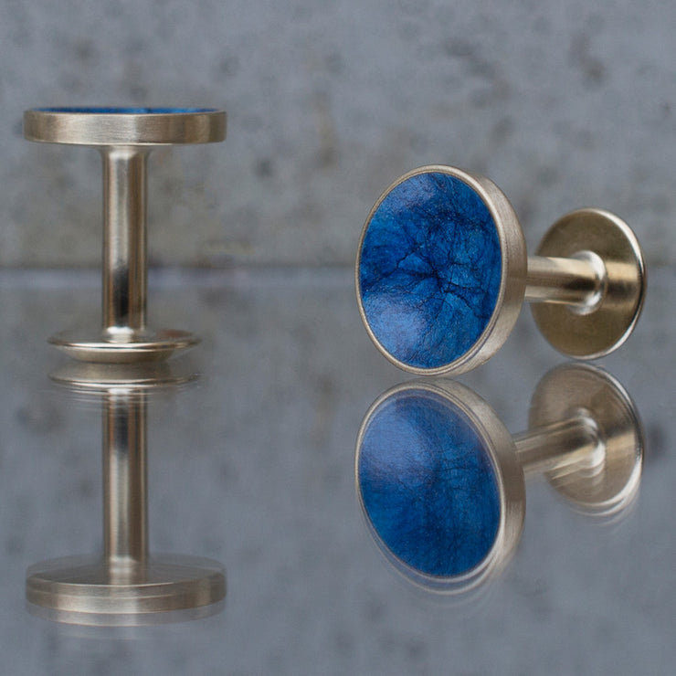 bayley prussian blue cufflinks | close up