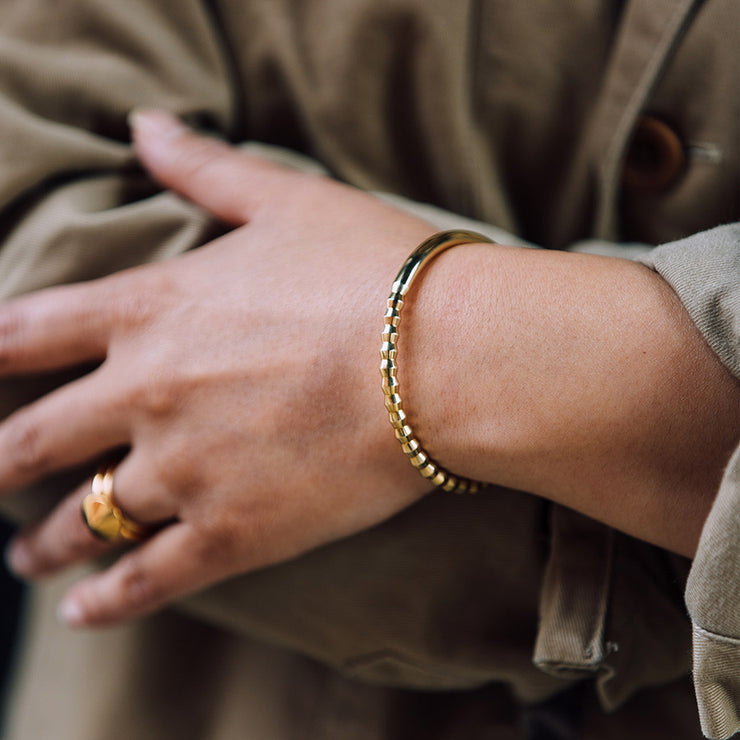 oscar brass bracelet | close up