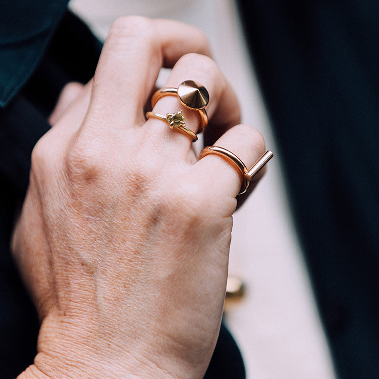 tio rose gold ring | close up | stacked rings