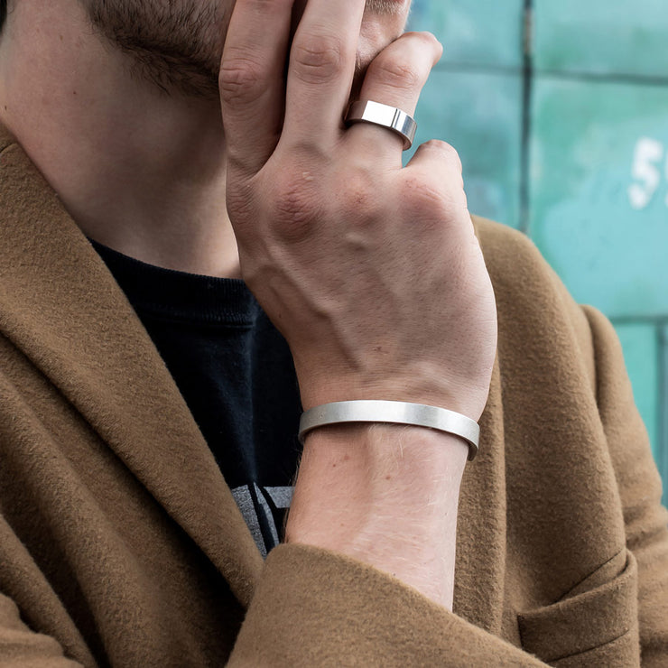 m8 silver bracelet | how to wear