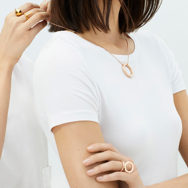 mia rose gold necklace | how to wear | putting on