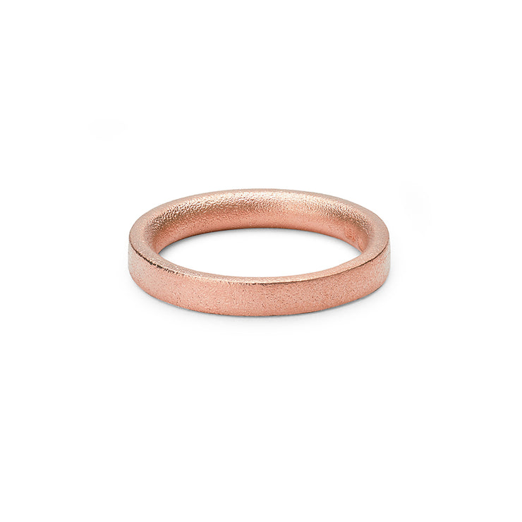 18 carat rose gold | blasted wedding ring