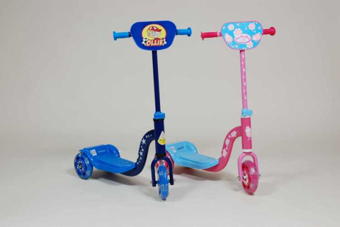 Tri-ang Lil Blinker Scooter - Blue 39073