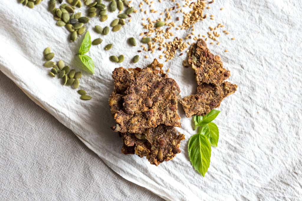 Super Seeded Crackers with Functional Nutritionist Alicia Stanhope