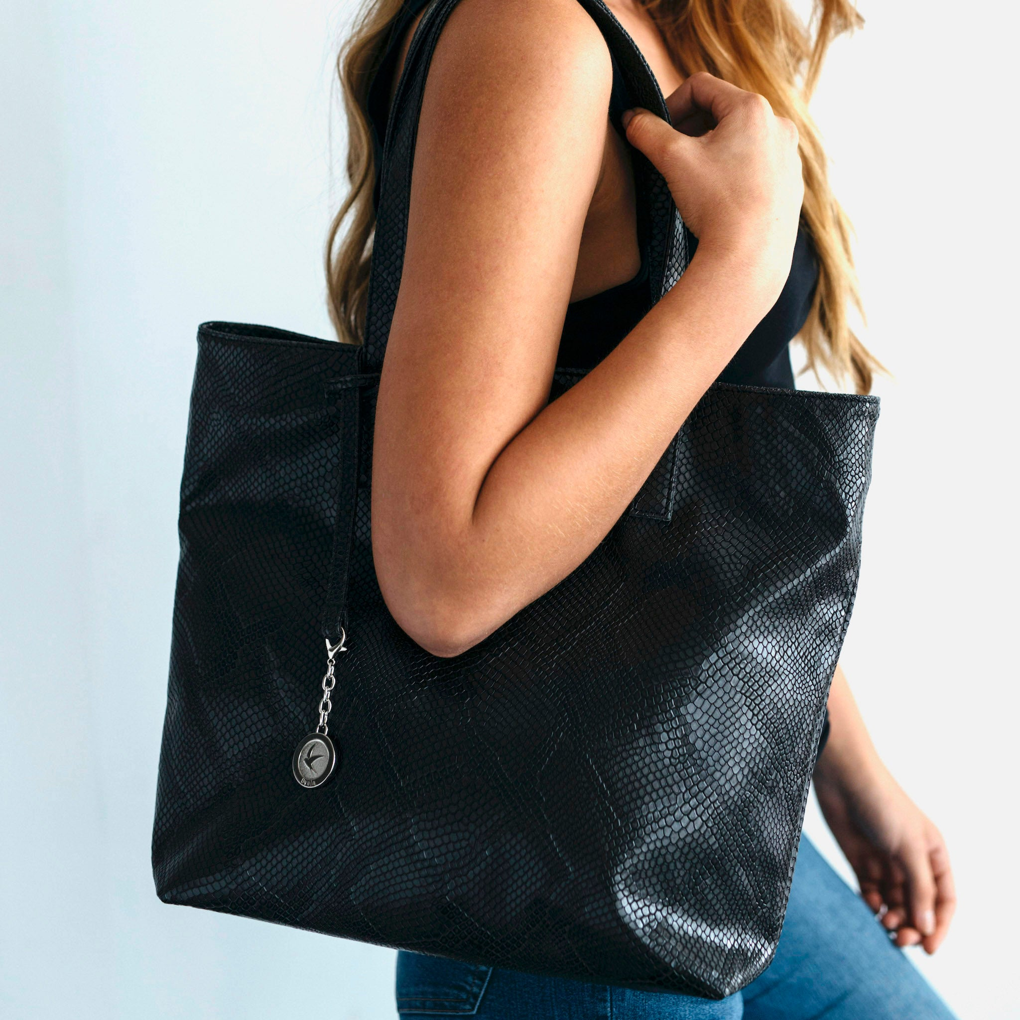 Svala Simma luxury vegan tote handbag in black