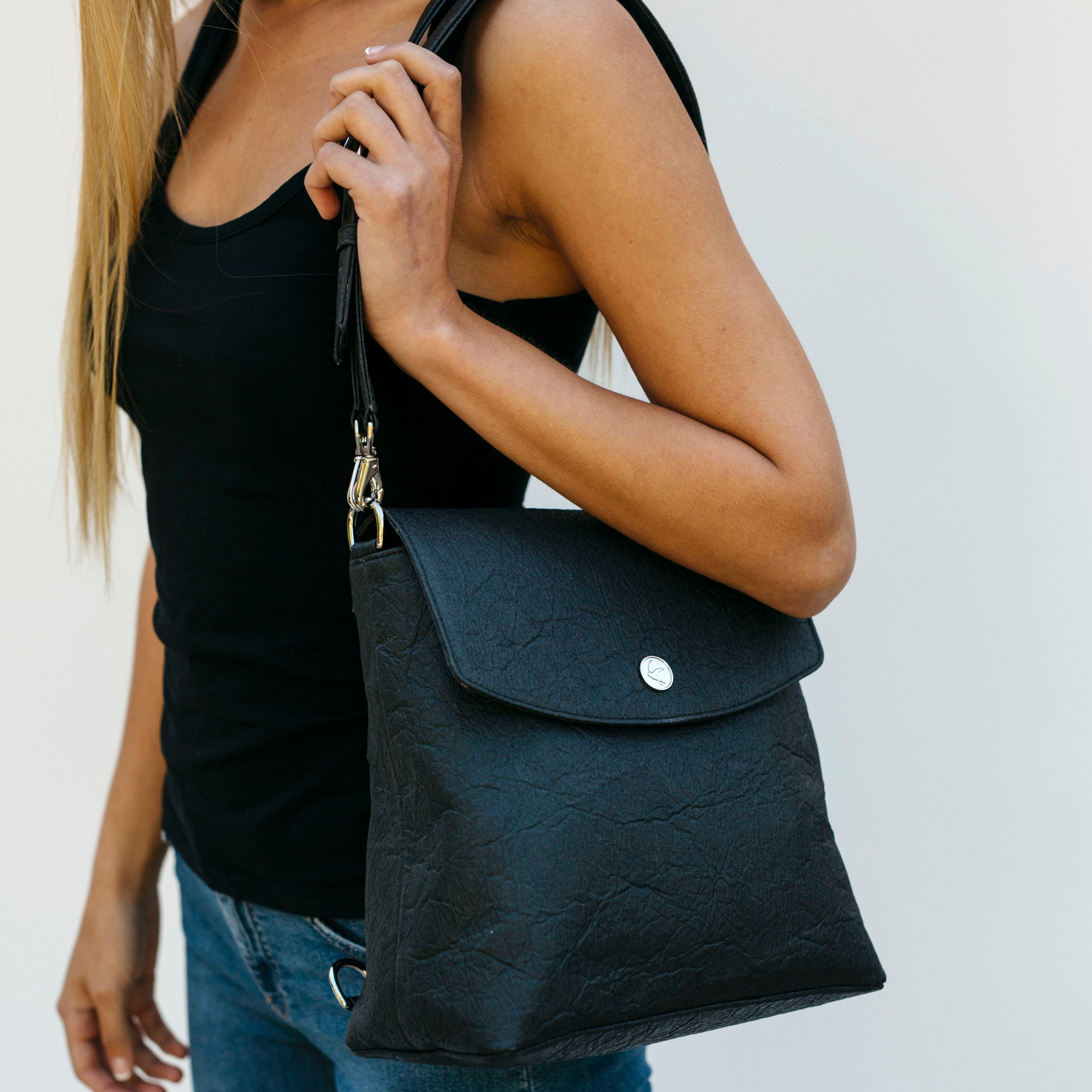 Svala vegan black Gemma backpack purse