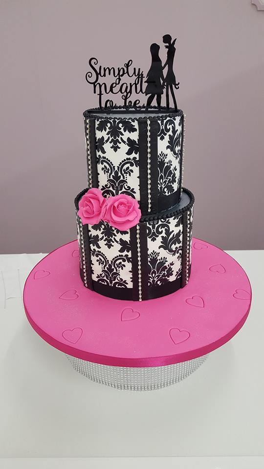 Plain Iced Sponge Cakes Cake Decorating Supplies In Glasgow And Uk