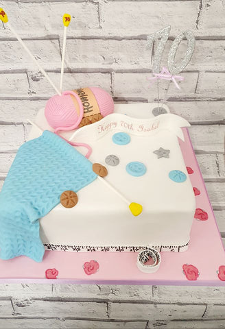 Knitting Birthday Cake 173