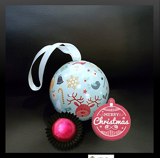 Christmas Ball Chocolate Praline 02