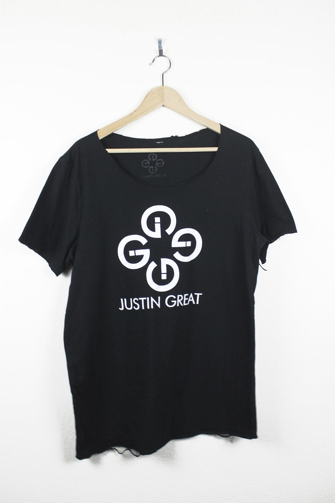 Deconstructed G Logo Scoop Neck