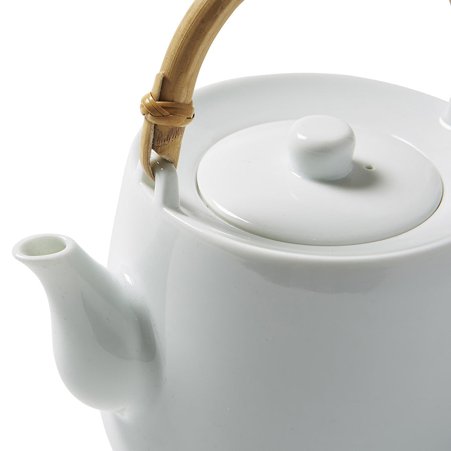 Simple Tea Pot with Cane Handle
