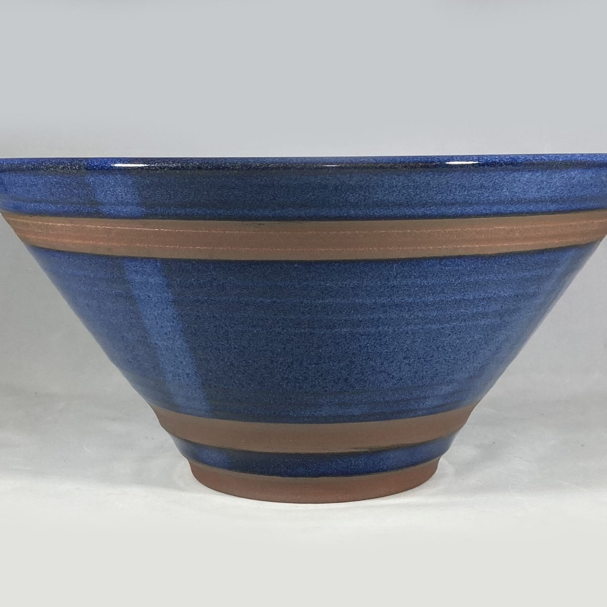 Large Cone Shaped Ocean and Cliff Bowl