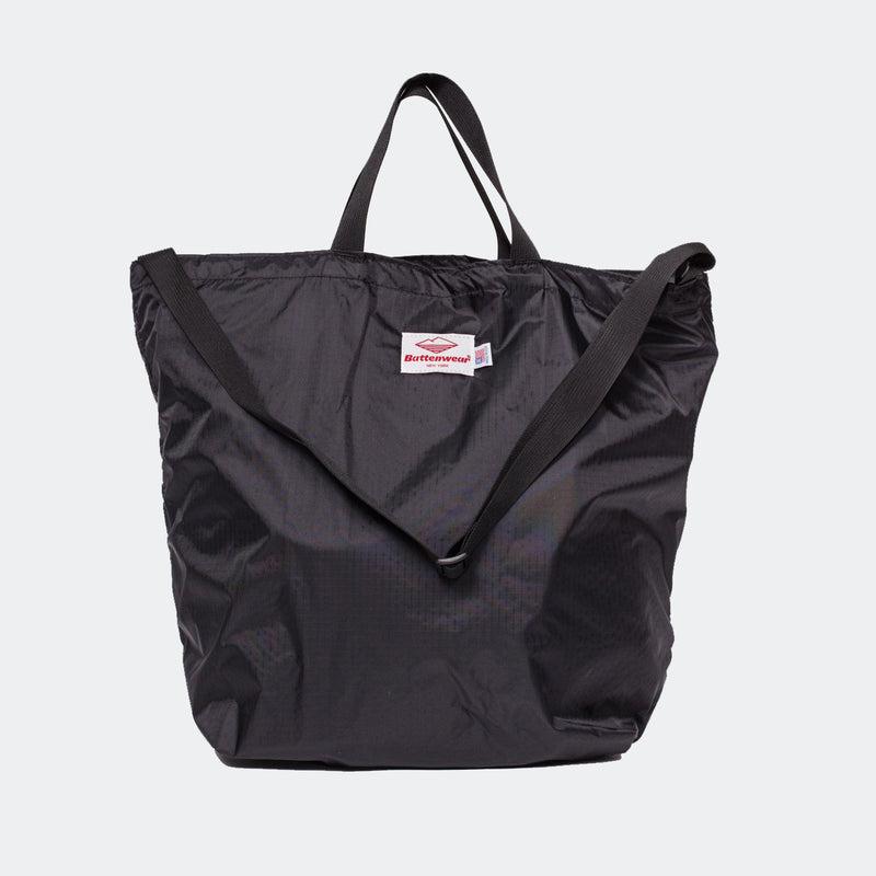 products/Packable_Tote-8049_2048x2048_1dff013f-8ba1-46cf-af8a-7a20b4111d02.jpg