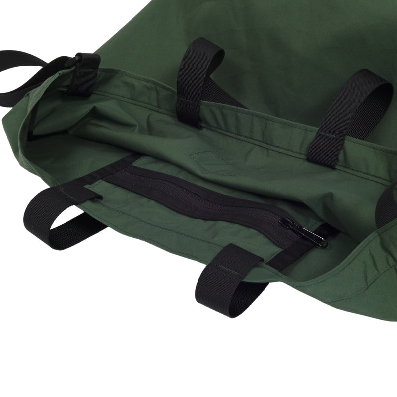 products/packable-tote-green-3_52d1c61f-bfaa-4cb5-9092-9f2d8b52912e.jpg