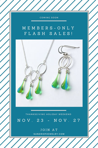 Members-only flash sales all Thanksgiving weekend